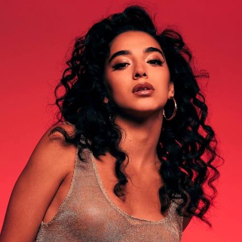 Kara Marni, R&B