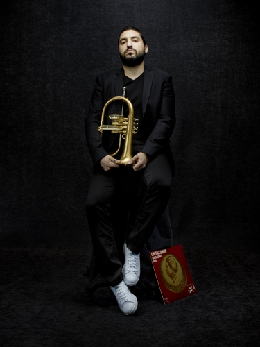 ibrahim maalouf, kaltoum, red, black light
